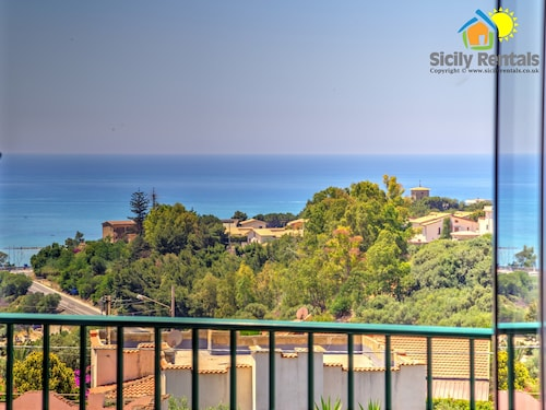 Beautiful Apartment With sea View, Just 5 Minutes From Scala dei Turchi