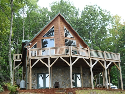 Stone Mountain Serenity - Amazing Views, Close to Wine Country & Parks!