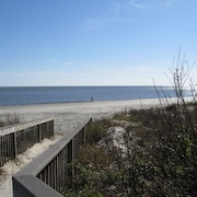 2 Br/2ba Oceanfront Condo on Beautiful St. Simons Island
