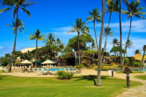 2417@ Oceanfront Resort, Kauai Beach Resort, Lihue, Free Bottle of Wine