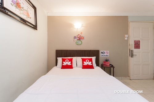 ZEN Rooms Basic Batu 9 Cheras
