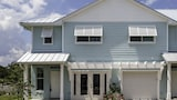 Cape Crossing Resort & Marina - Merritt Island Hotels