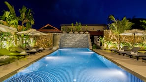 Outdoor pool, open 8:00 AM to 9:00 PM, pool umbrellas, sun loungers