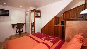 4 Schlafzimmer, Zimmersafe, Bügeleisen/Bügelbrett, kostenloses WLAN