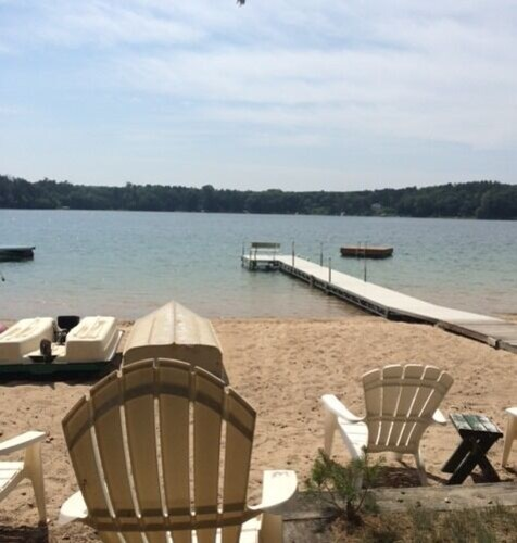 Lake Cottage W/amazing Sandy Beach Free Wifi Slps 11 + Add. Cottage Avail Slps 4