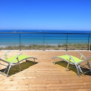 Holiday House in Plouescat, sea View, Jacuzzi, Directly on the Beach