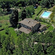 Tuscan Life Style With Great View, Park,pool,relax,hiking & Bike Trails
