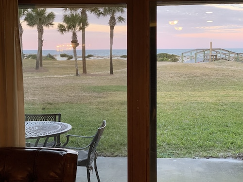 Oceanfront Sailmaker 2 King BR With Private Baths+free Wifi