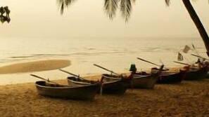 บนชายหาด, เก้าอี้อาบแดด, ดำน้ำ, การดําน้ำสน็อกเกิล
