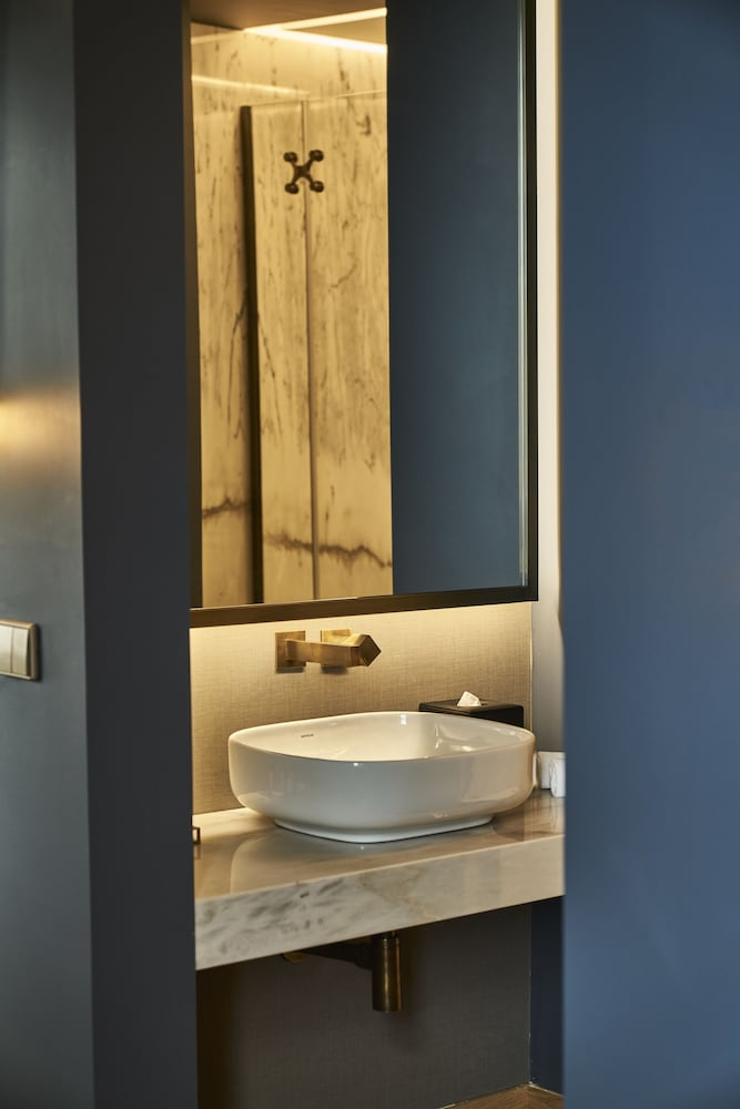 Bathroom Sink, Torel AvantGarde
