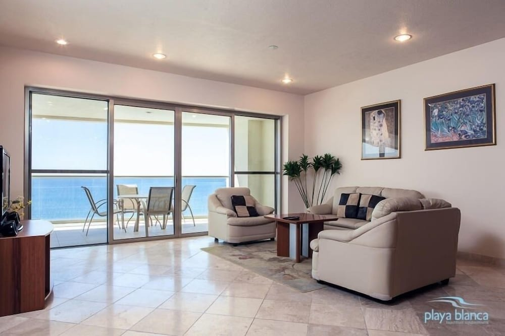 Featured Image, 3 Bedroom  Playa Blanca 1009 Condo