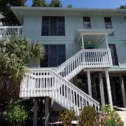 Sunset Captiva 19 - 2 Br home by RedAwning