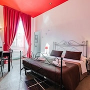 Romantic Vatican Rooms Guest House