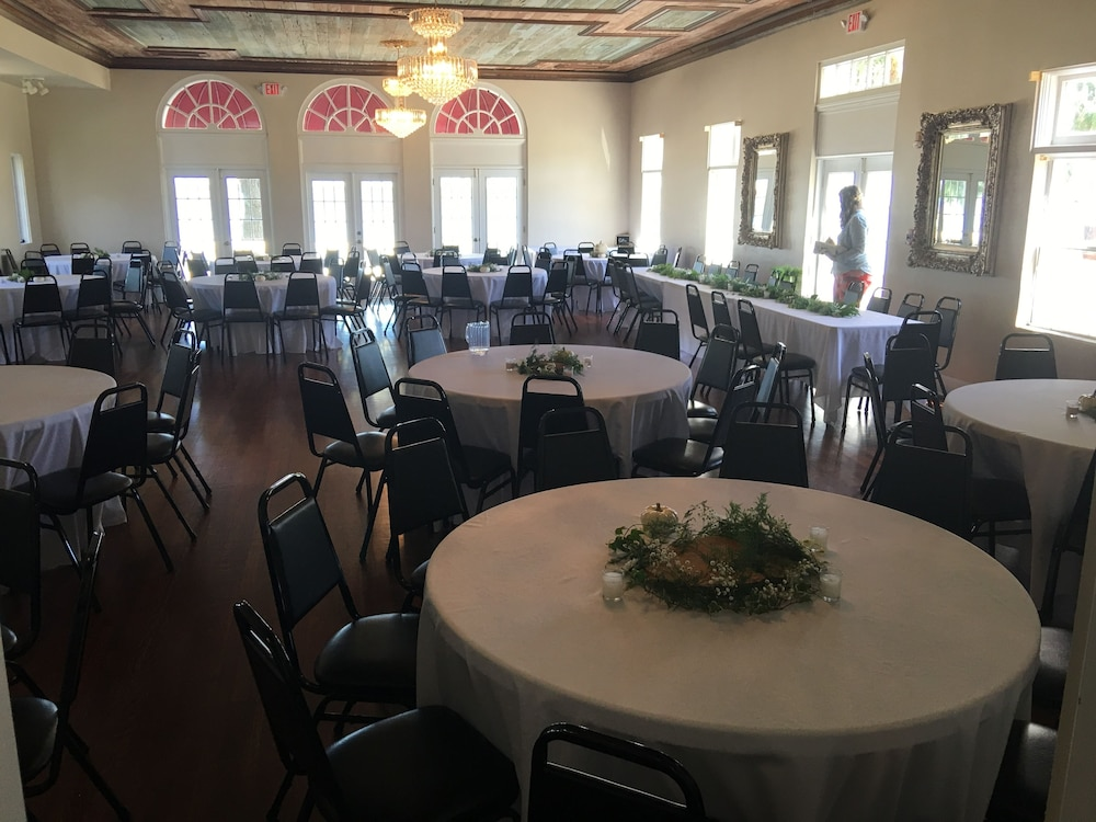Hotels With Banquet Rooms In Lakeland Fl