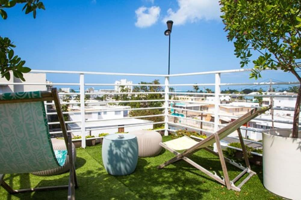 View from Property, Nomada Urban Beach Hostel - Adults Only