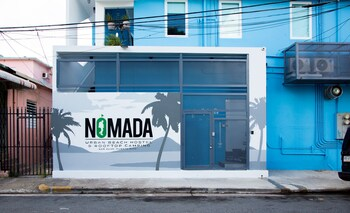 Nomada Urban Beach Hostel - Adults Only