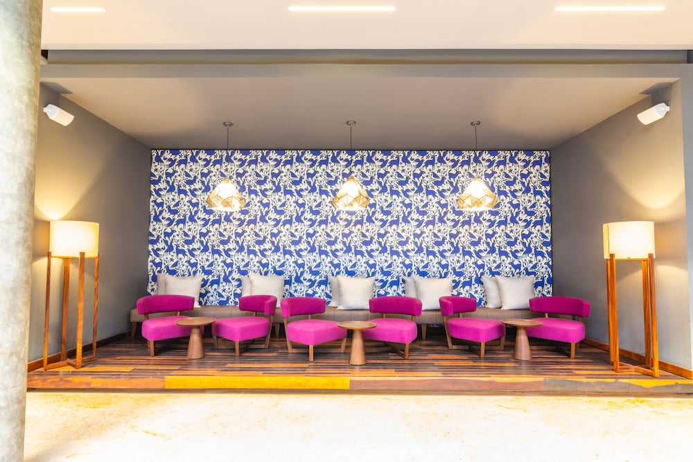 Lobby Sitting Area, The Fives Downtown Hotel & Residences, Curio Collection by Hilton