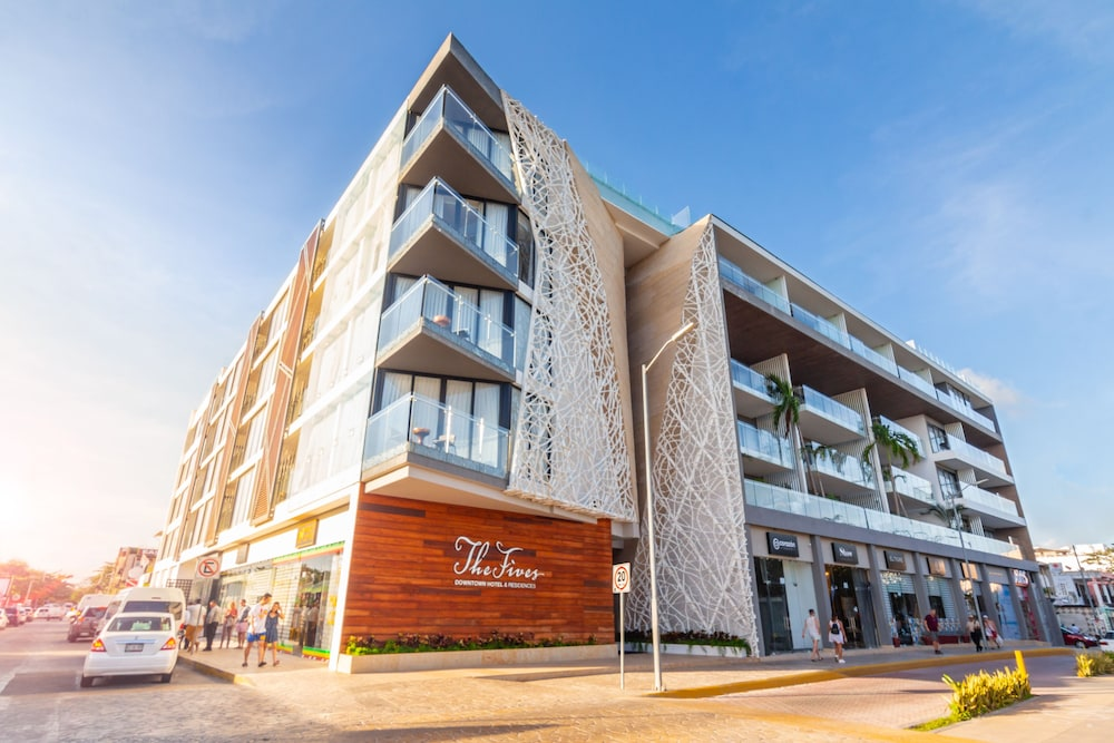 Front of Property, The Fives Downtown Hotel & Residences, Curio Collection by Hilton