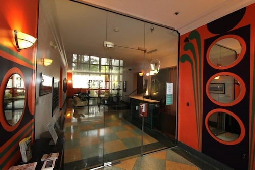 Barbizon South Beach 3 5 Out Of 0 Street View Featured Image Interior Entrance