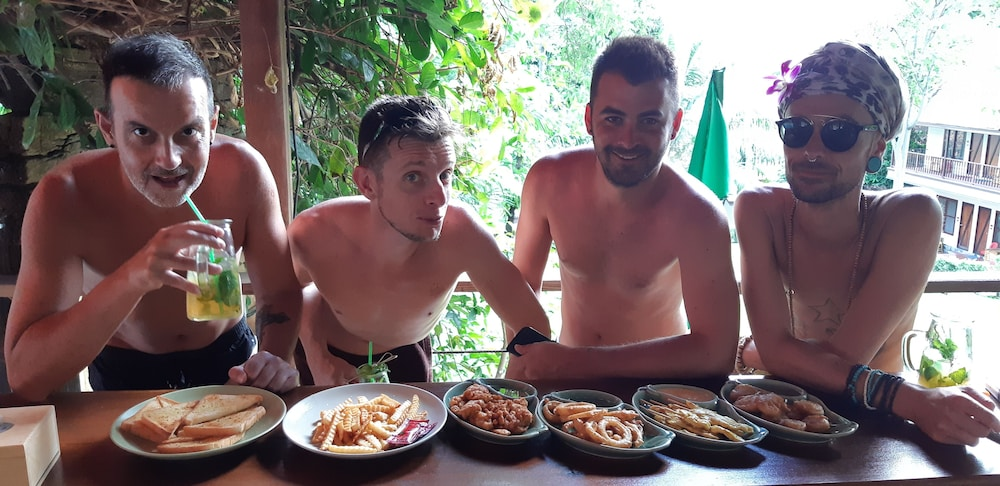 Dining, Alpha Gay Resort & Spa - Caters to Gay Men
