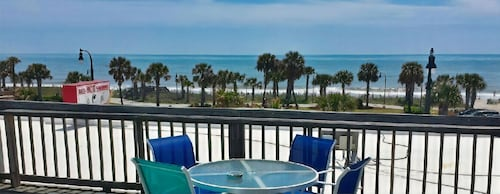 Perfect Myrtle Beach Spot - Ocean View - Right on Ocean Blvd