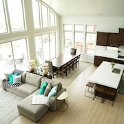 Our Most Popular Unit! Sleeps 28! Private, Beautiful, Spacious