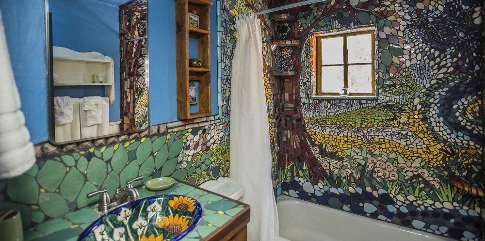 Bathroom, Taos Goji Farm & Eco-Lodge Retreat