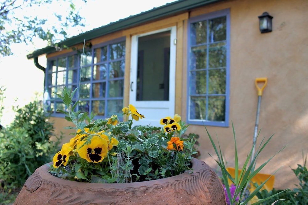 Front of Property, Taos Goji Farm & Eco-Lodge Retreat