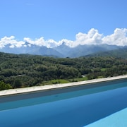 Tuscany, Luxury Villa by Cinque Terre, Large Pool, hot tub Sauna