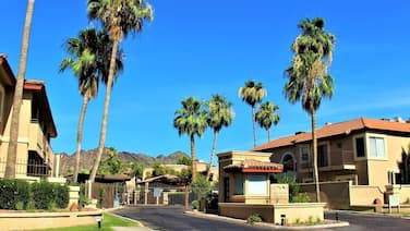 VACATION HOME RENTAL UPTOWN PHOENIX 2 bedroom/2 bath ALL FOR YOU