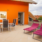 New, Spacious Apartment Close to Europa-park Rust for 7 Guests