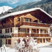 Apartment Completely Equipped in Savoyard Chalet, Commodities, Slopes