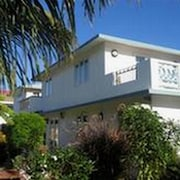 Large Villa all Comfort Facing the sea With Swimming Pool, Charming