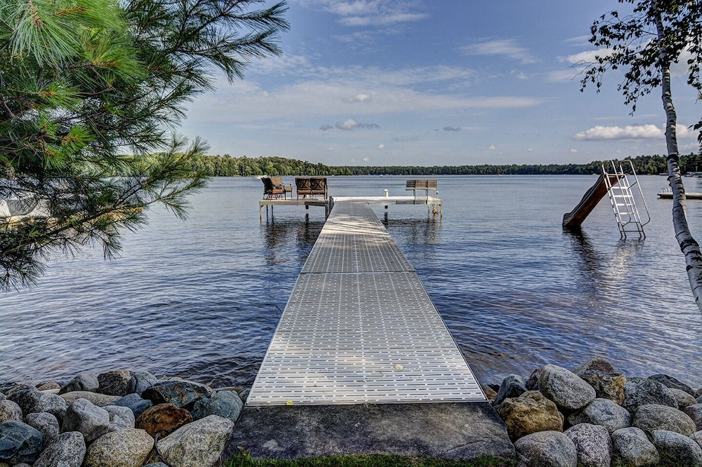 Pool, Top 10 Home On World's Largest Chain of Lakes! Featured On Travel Wisconsin!