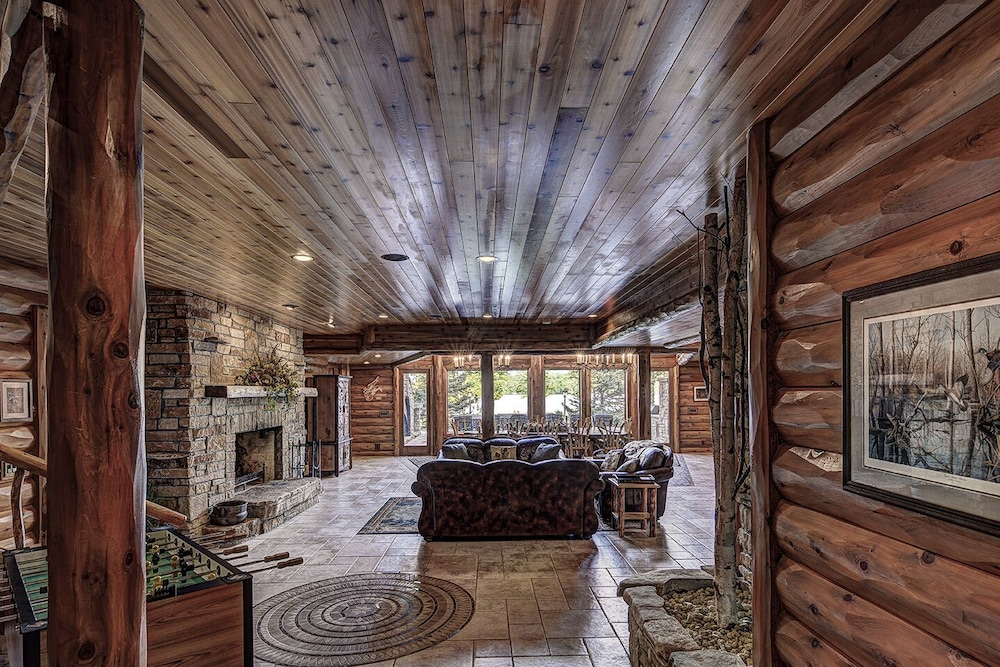 Living Room, Top 10 Home On World's Largest Chain of Lakes! Featured On Travel Wisconsin!