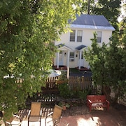 Luxury Carriage House Apt. - Walk And Bike To Everything! Historic South End Btv