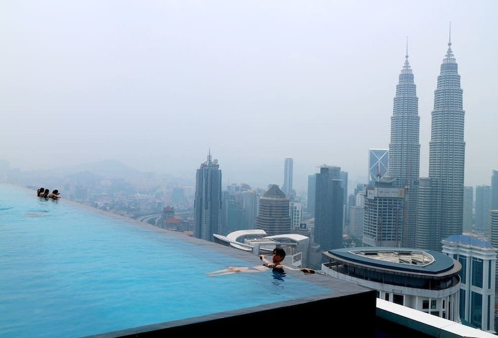 Klcc platinum suites by condotel 2019 deals promotions - Rooftop swimming pool kuala lumpur ...