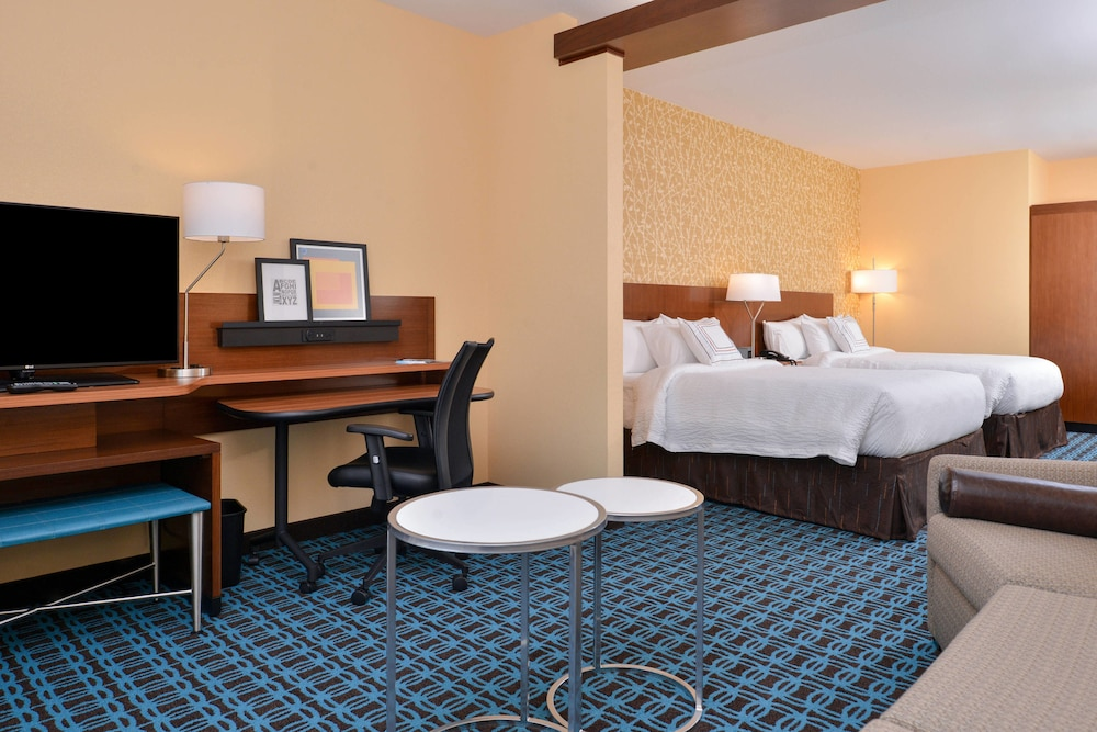 Room, Fairfield Inn & Suites by Marriott Warrensburg