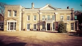 The Banyers House - Royston Hotels