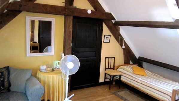 1 Schlafzimmer, WLAN, Bettwäsche, Wecker