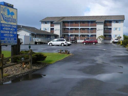 Check Expedia for Availability of Ocean View Condo, Ocean Shores, WA ... Pet-friendly @ $15/pet/night