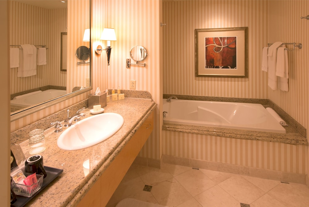 Bathroom, Eldorado Resort Casino Shreveport