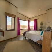 Desert Breeze Lodge
