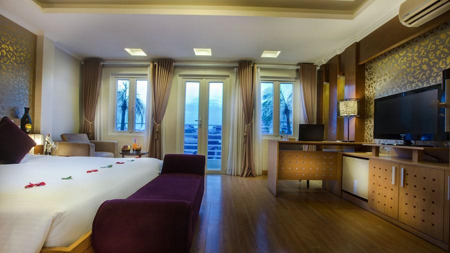โรงแรมลา สโตเรีย รูบี้