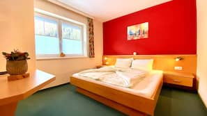3 bedrooms, premium bedding, in-room safe, desk