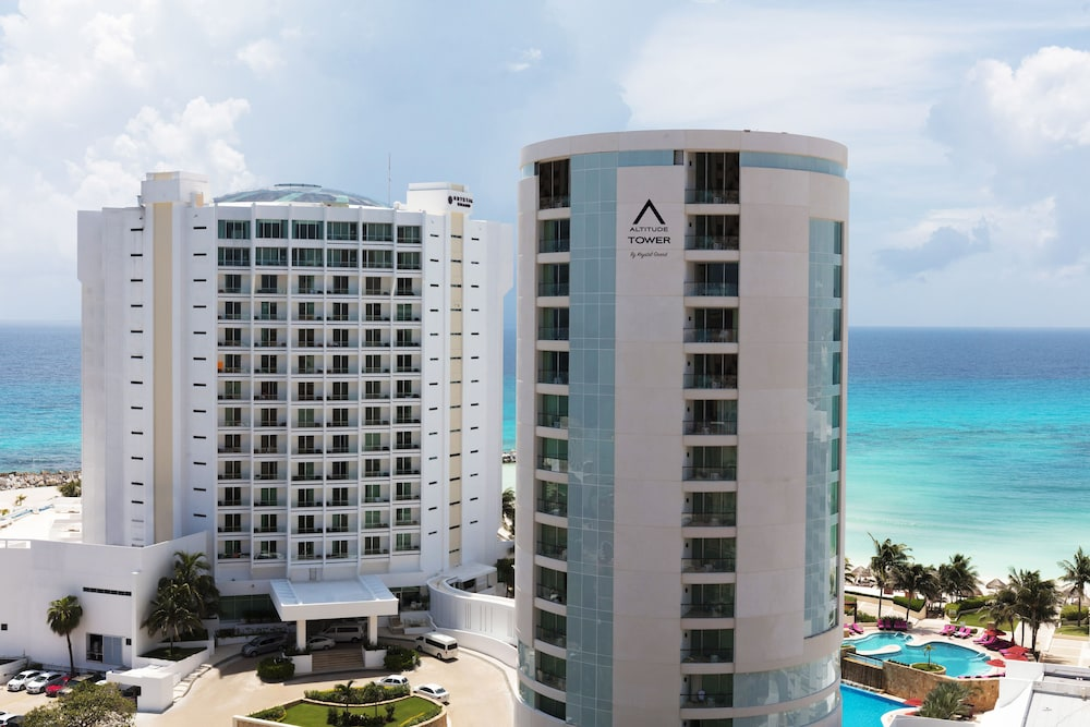 Altitude By Krystal Grand Punta Cancun All Inclusive In Cancun Hotel Rates Reviews On Orbitz