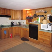 Newfound Lake Area,pet Friendly, Close to Trails, Gunstock, Ragged Mt, Outlets