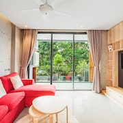 Condo in Nai Harn in ReLife 15-122-211