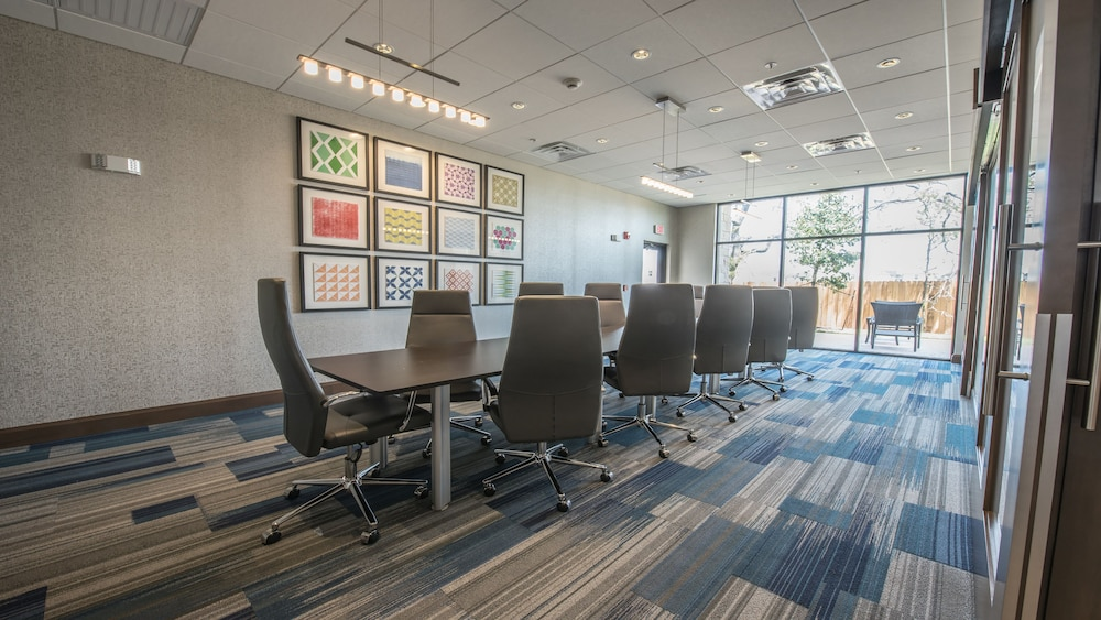 Meeting Facility, Holiday Inn Express & Suites-Dripping Springs - Austin Area, an IHG Hotel