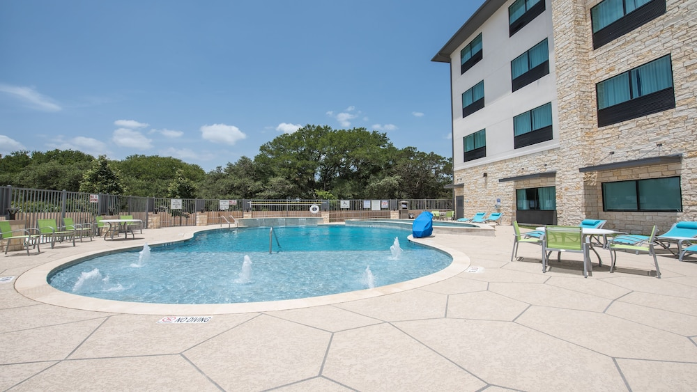 Pool, Holiday Inn Express & Suites-Dripping Springs - Austin Area, an IHG Hotel